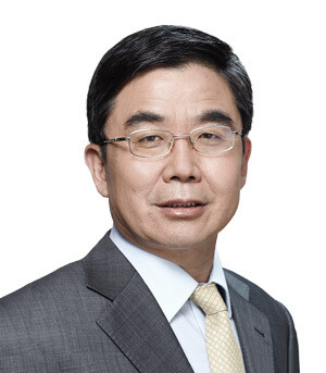 Rong Chen (Chief Medical Officer)